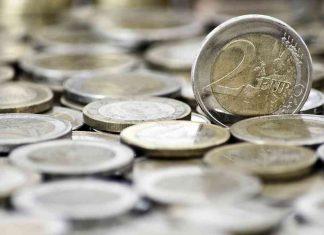 Euro mince | Zdroj: Freepik