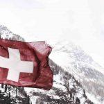 Švajčiarske vyradenie jadrových elektrární (JE) vytvorí energetickú medzeru najmenej 20 TWh ročne, ktorú bude treba nahradiť inými výrobnými technológiami, vrátane novej kapacity na fosílne palivá, uvádza správa Medzinárodnej energetickej agentúry (IEA).