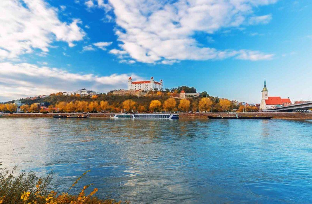 najväčší Slovák, Bratislava