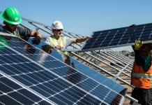 Výstavba solárnych panelov